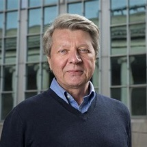 Krzysztof Matyjaszewski Headshot